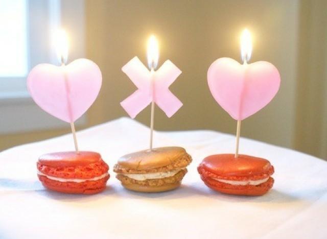 Valentin napi gyertya sütivel - macaron